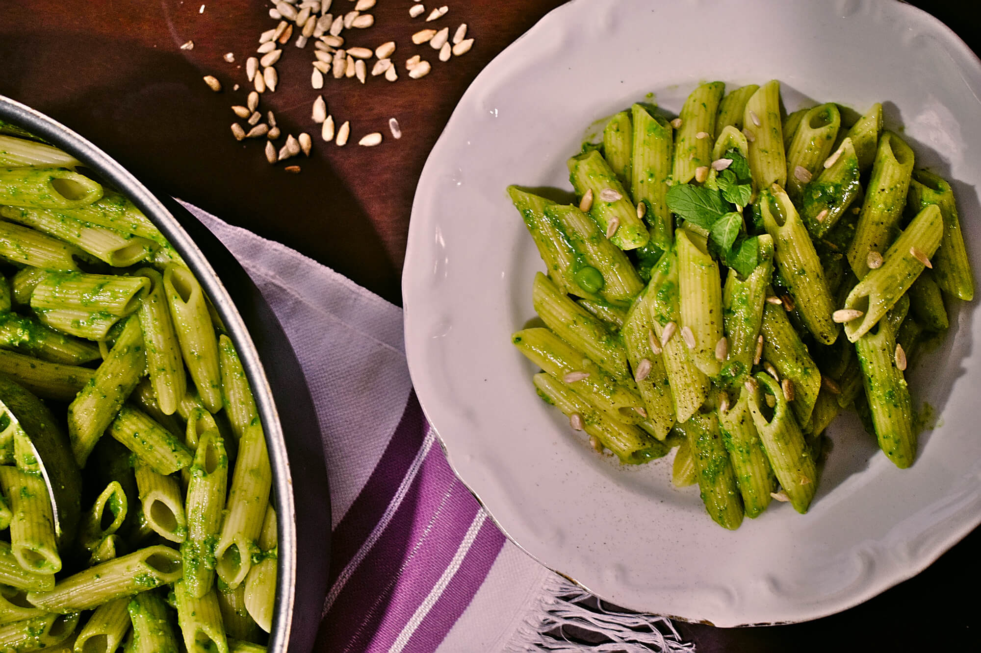 5-minute Spinach Mint and Sunflower Seed Pesto