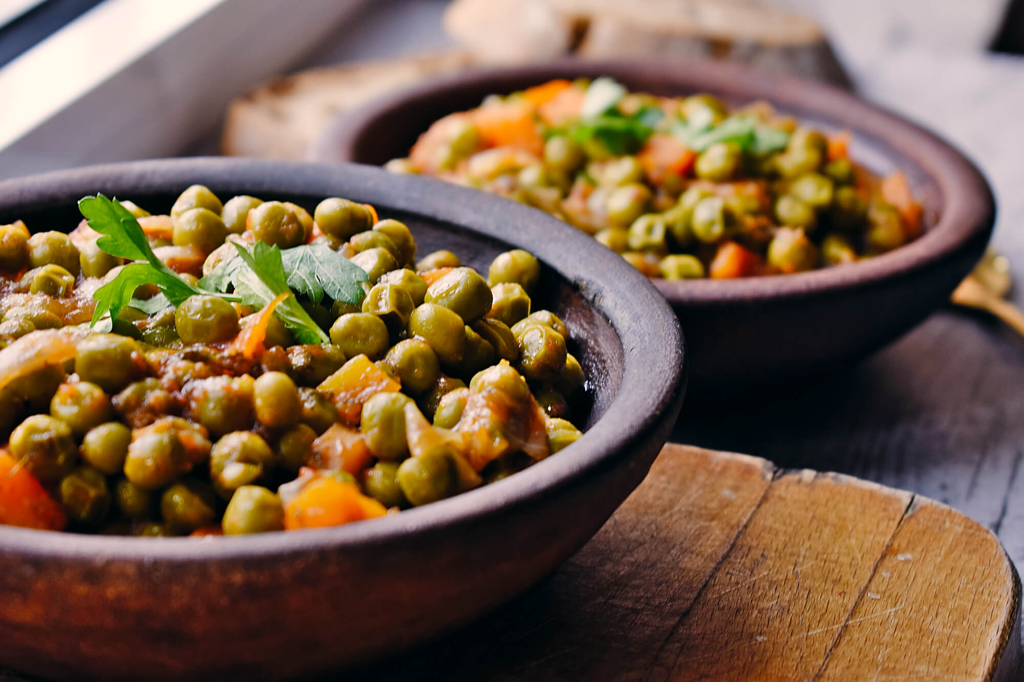 6 Ingredients Green Pea Stew with Carrots and Dill [vegan]