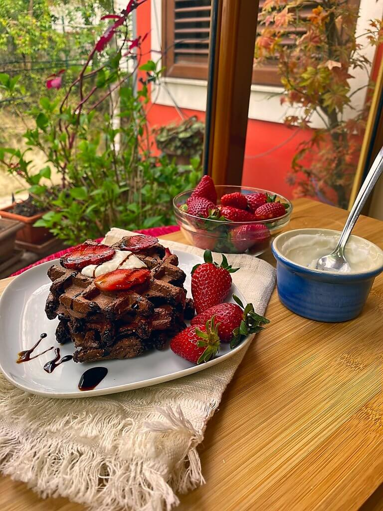 Healthy Chocolate Vegan Waffle with Beetroot [gluten free]