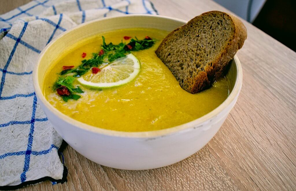 Creamy Sweet Corn Chowder with Vegetables (vegan+no coconut)