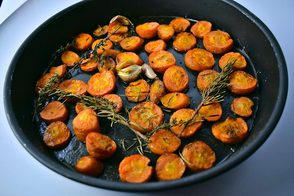 Roasted carrots, garlic, rosemary and thyme